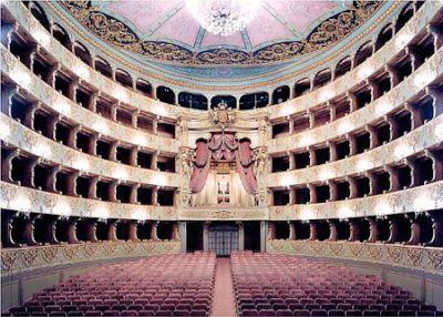 01-teatrode-s-carlos-2.jpg